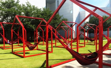 mi-casa-su-casa-high-museum-esware-temporary-playground-play-installation-art1-1024x633
