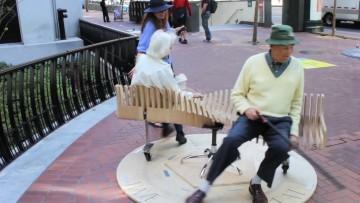 bench-go-round